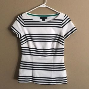 White House Black Market fitted top size 2